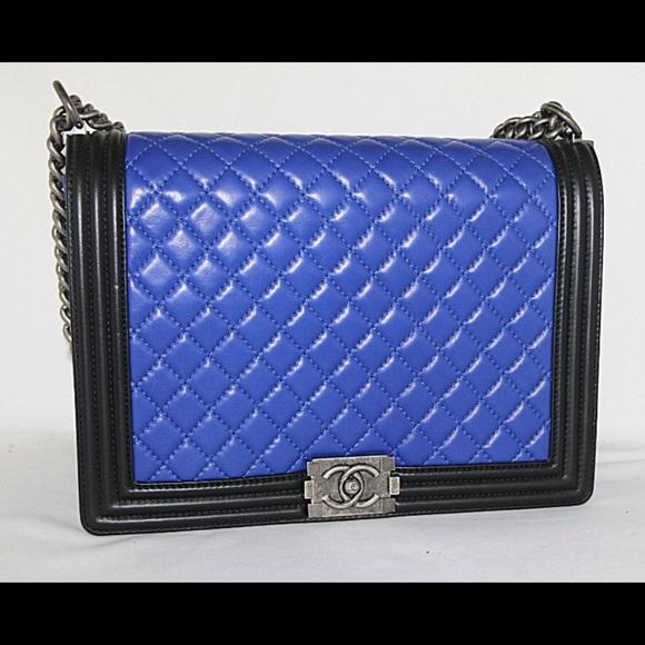 CHANEL Handbags - Chanel Colorblock Le Boy bag Pristine condition